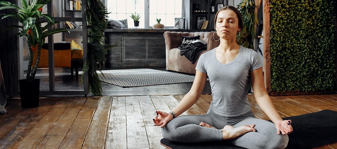 1569__desktop_livres-sport-yoga-a-la-maison.jpg